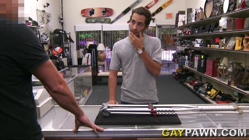 jewelry to bail out his girlfriend gay pawn video complet
